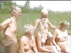 Grupp nudisn