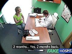 Fakehospital fantastisk blond vill läkarna kuk i hennes