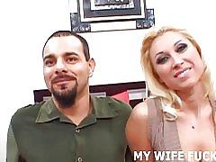 Titta på en porrstjärna pund din fru hårt