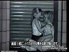 Två kåta par utomhus sex