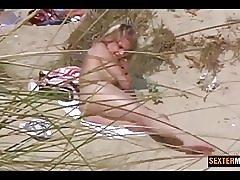 Förbjudna kamera blond natt på sanddynerna